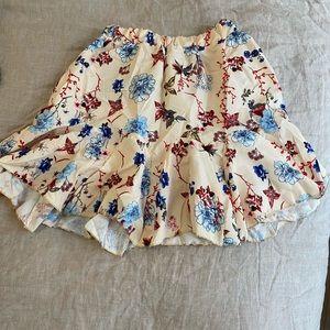 Dresses & Skirts - Jupe neuve